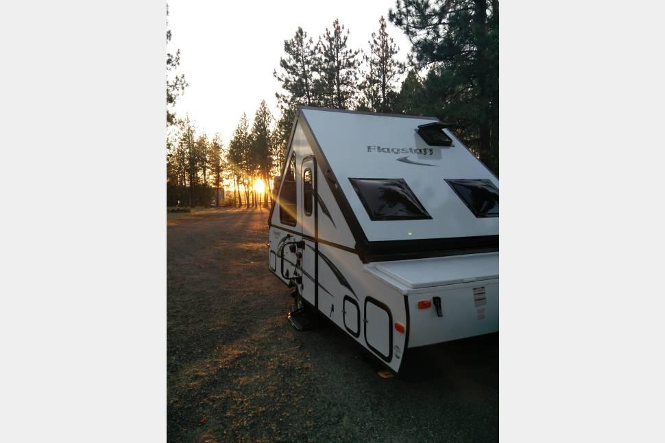 2016 Flagstaff T12RBST - Happy Camper!