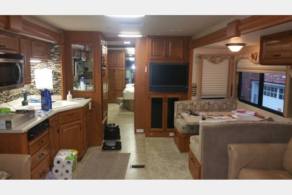 2009 Forest River Berkshire M-390BH - Forest River Berkshire Bunkhouse