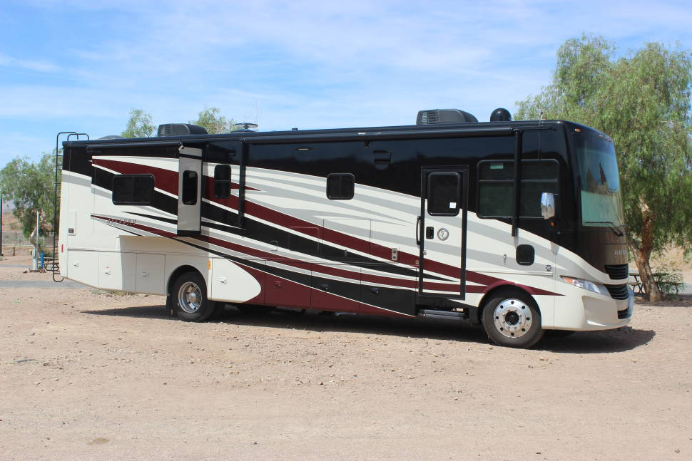 2017 Tiffin Allegro 36UA - Brand New Tiffin Class A for the Perfect Family Vacation