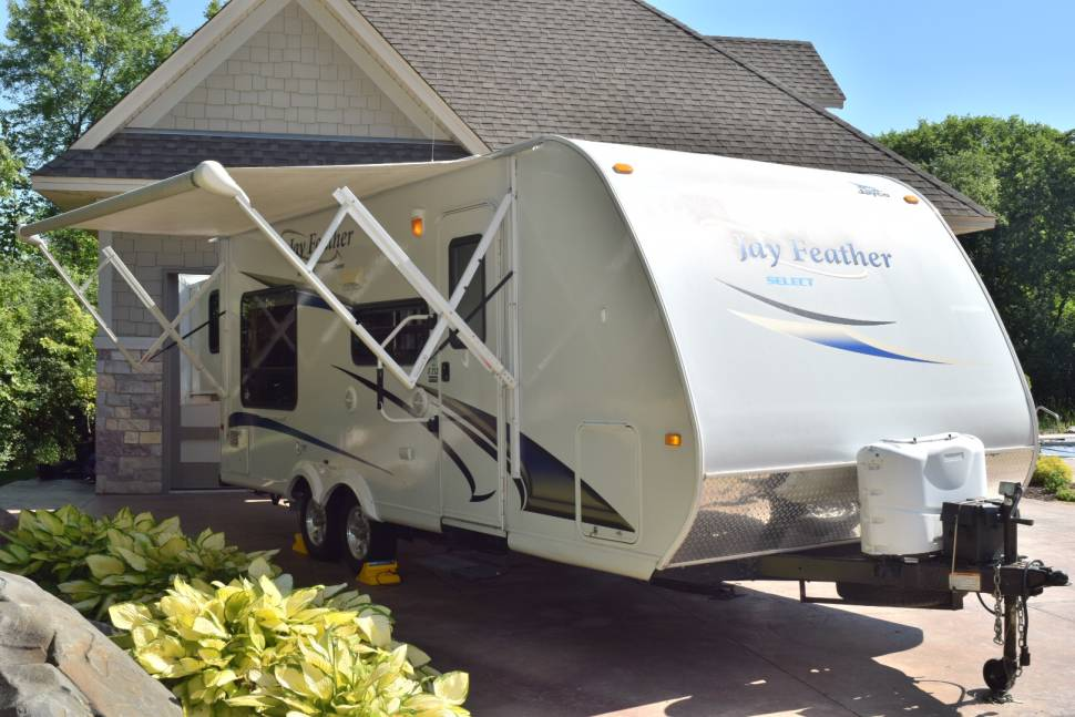 2011 Jayco Jay Feather Select X213 - Clean! Like New! 24' Jayco Travel Trailer Sleeps 8