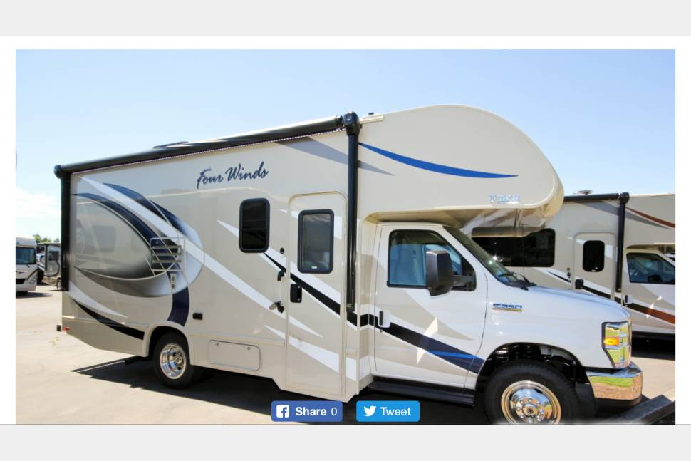 2017 Thor Four Winds 22B - Shorty THOR Motorhome