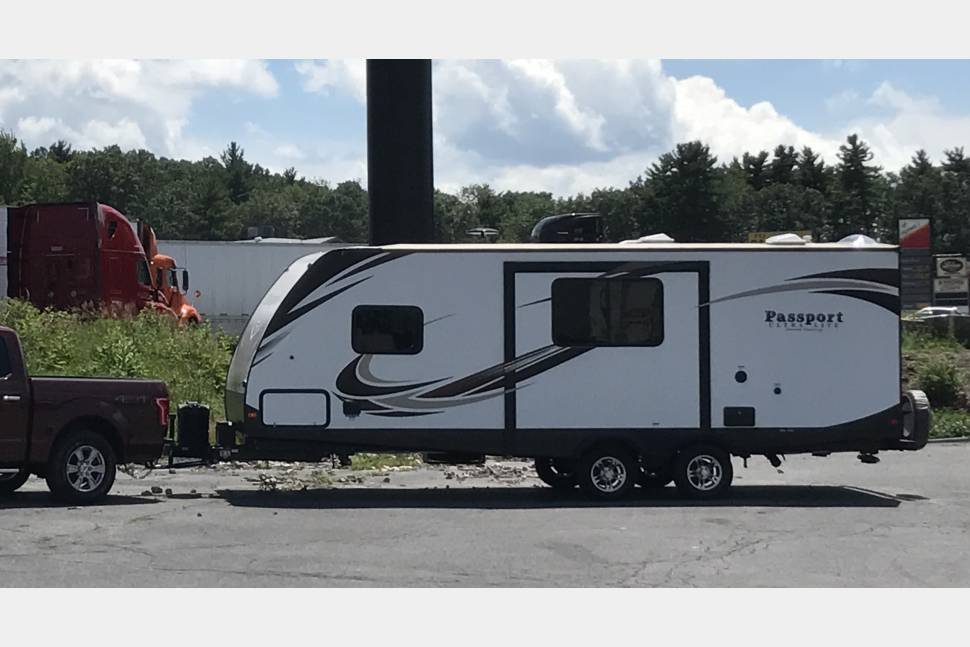 2017 Keystone Passport 2400BH - Passport 2400BH