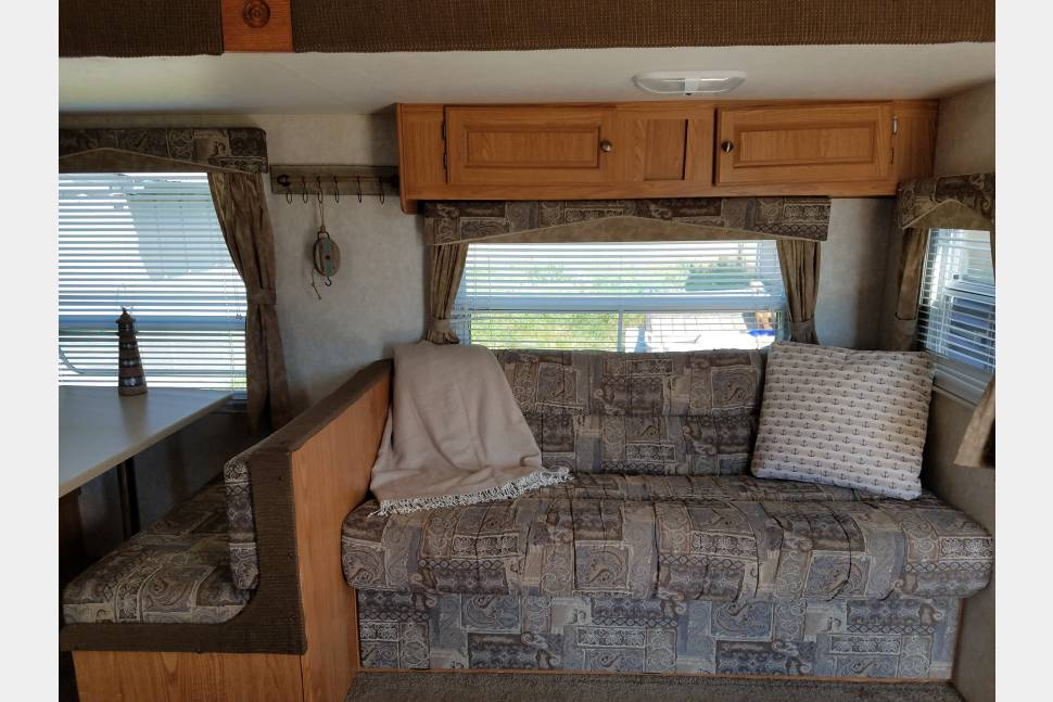 2006 Forest River Salem - Clean and spacious trailer