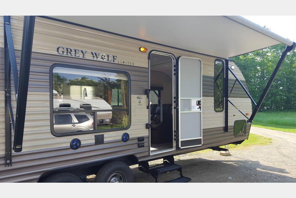 2018 Cherokee Grey Wolf 26DJSE - 2018 Grey Wolf 26DJSE