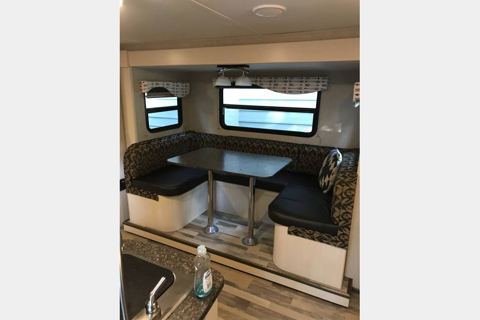 2016 Winnebago Minnie 2455 Bhs - Awesome Minnie Winnebago Travel Trailer