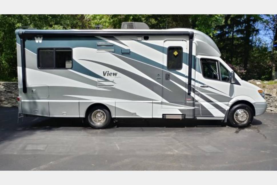 2013 Winnebago View - Travel in style. 2013 Winnebago profile view. Mercedes Diesel low mileage pristine condition . If your looking for top of the line RV rental, this is the one you need