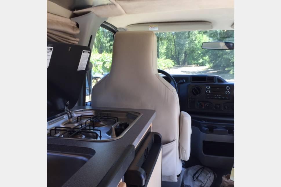 2011 Pop-Up Camper Van (Ford Pleasure-Way Traverse) - 2011 Pleasure-Way Traverse