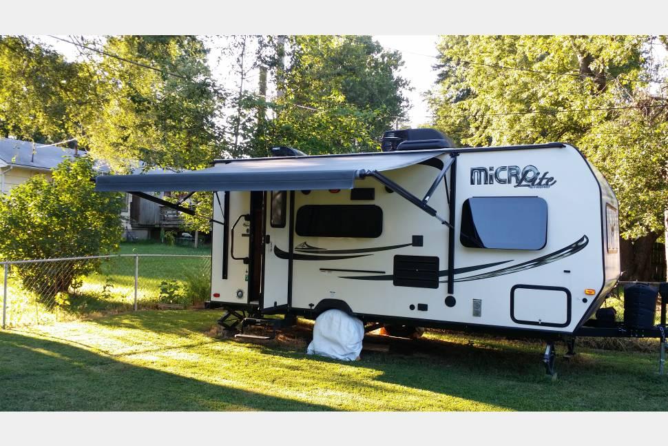 2017 Flagstaff Micro Lite - 1/2 ton towable