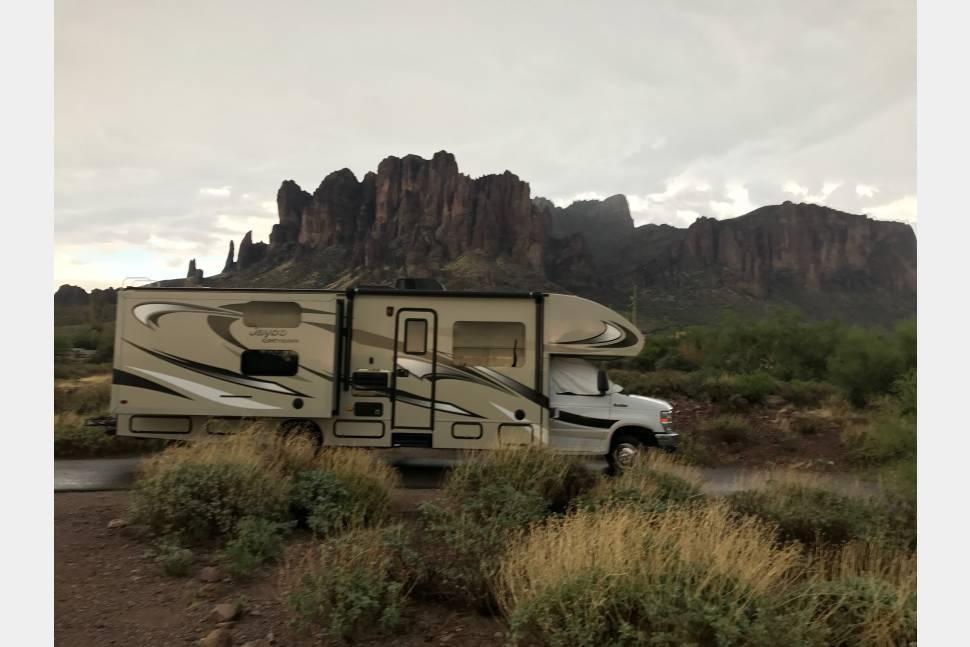2015 Jayco Greyhawk FS31 April 4-9 Country Thunder. $2000 Base Price - 2015 Jayco Greyhawk FS31 Bunk Beds