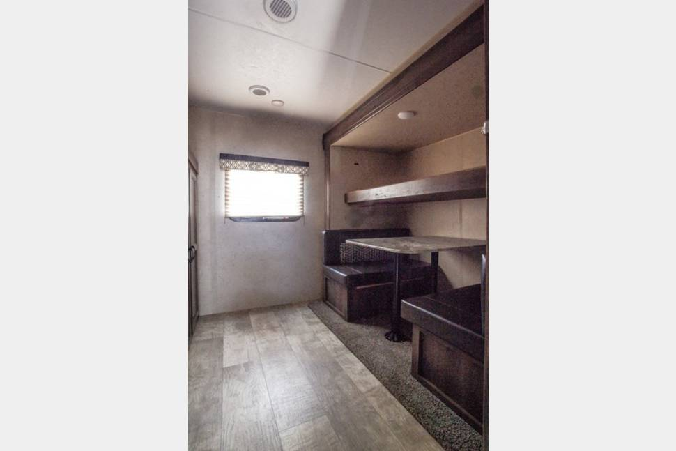 2018 KZ Connect C312BHK - 2018 Connect 312BHK Bunkhouse - Ask about our UGA Tailgater Specials