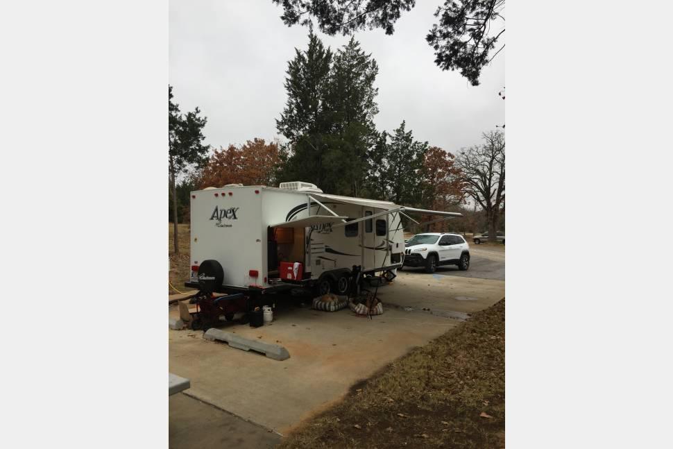 2013 Coachman Apex 215RBK - Coachman apex 215RBK 21ft travel trailer