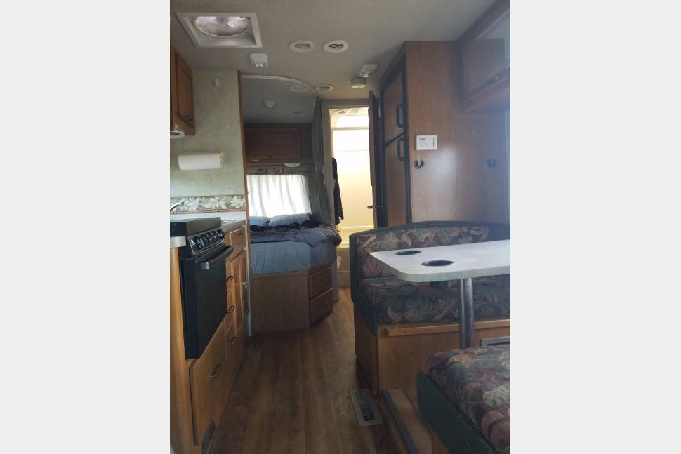 2005 Tioga - The Perfect RV for Your Trip