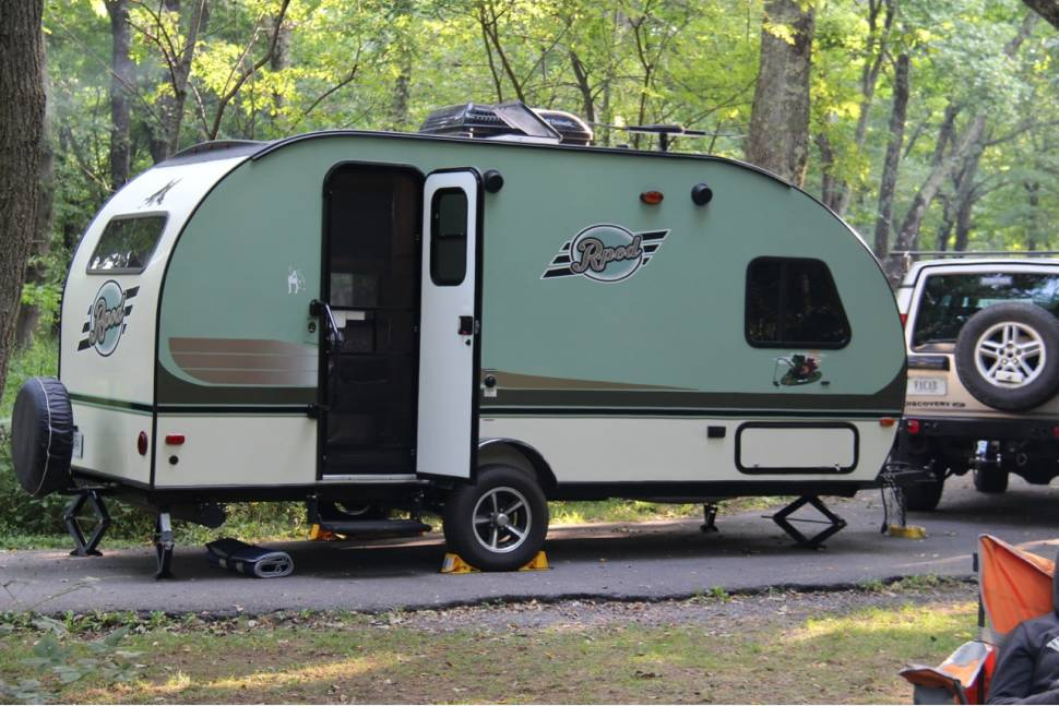 2015 Forest River R-pod 179 - Small R-pod Travel Trailer near Shenandoah National Park, Virginia
