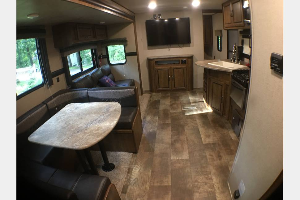 2017 Crossroads Z1 290KB - BRAND NEW 2017 Crossroad Travel Trailer BUNKHOUSE
