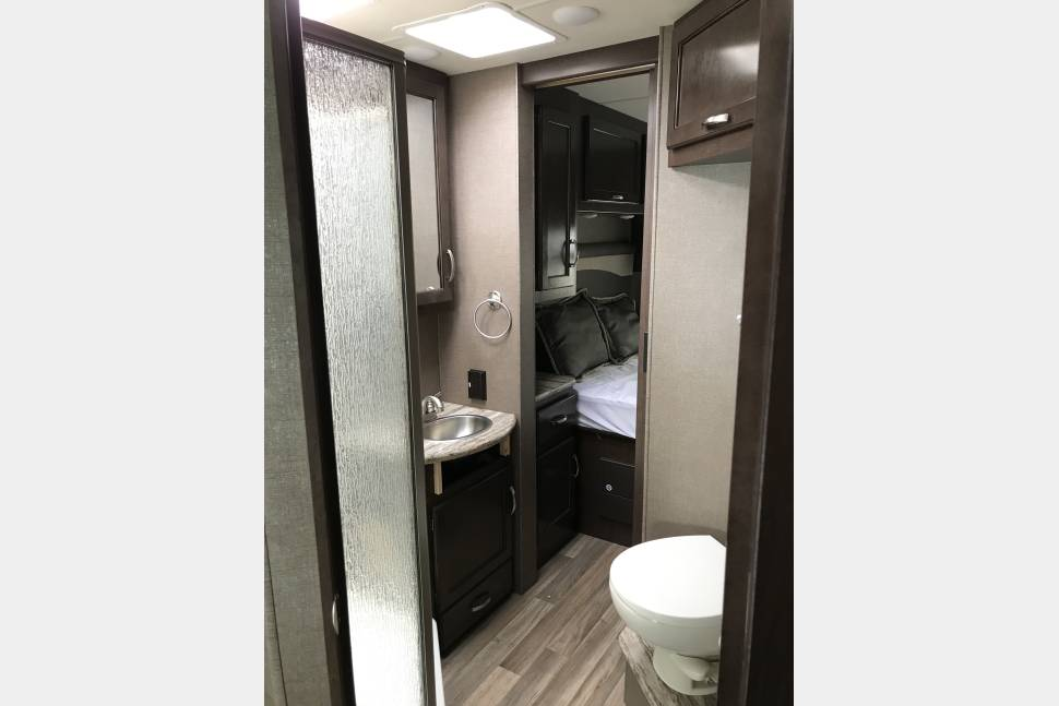 2017 Thor ACER 30.2 - THOR - You will MARVEL at our family RV