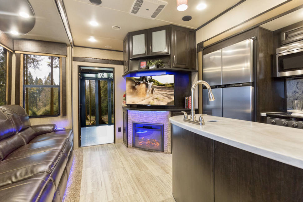 2017 Grand Design Momentum 350m 5th Wheel Rv Rental In
