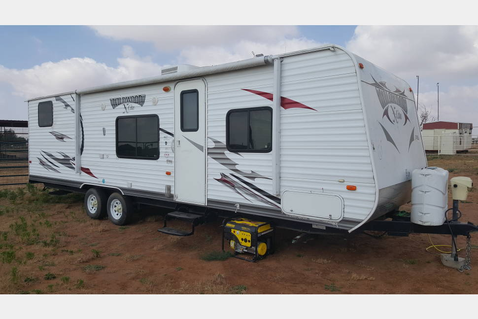 2013 Wildwood Xlite By Forest River - WHITLEY'S CAMPING KING!