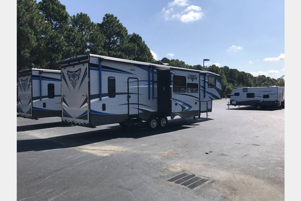 2018 Forrest River Vengeance - A vacationers dream come true!