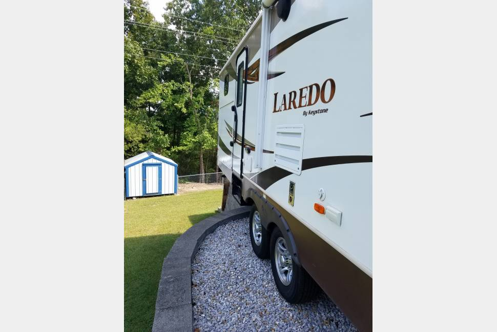 2013 Keystone Laredo 303tg I Don't Get Off Work Till 3pm During The Week So Pick Up Is After 3pm - 2013 Keystone Laredo 303 tg