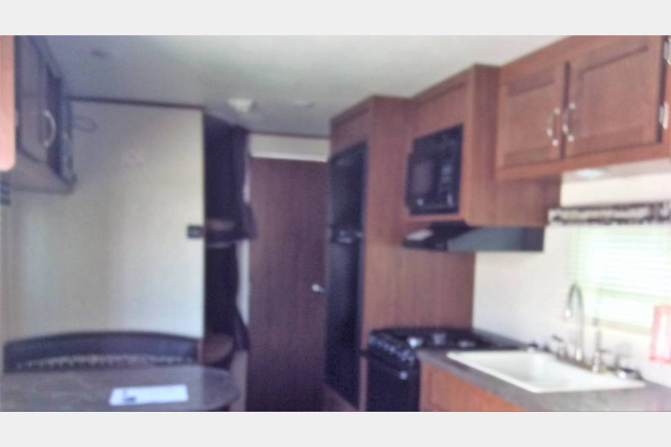 2017 Jay Flight SLX 264 - Raider Rog's Camper is Perfect for Your Next Getaway!