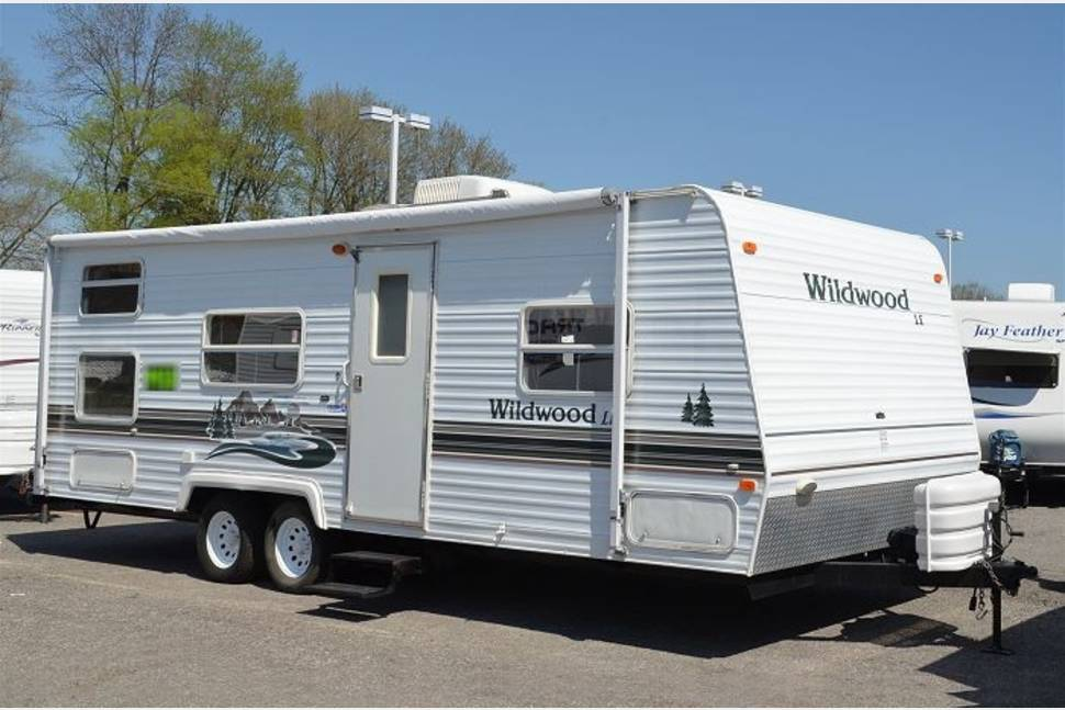 2004 Wildwwod 31bh - Great Times with my Trailer!