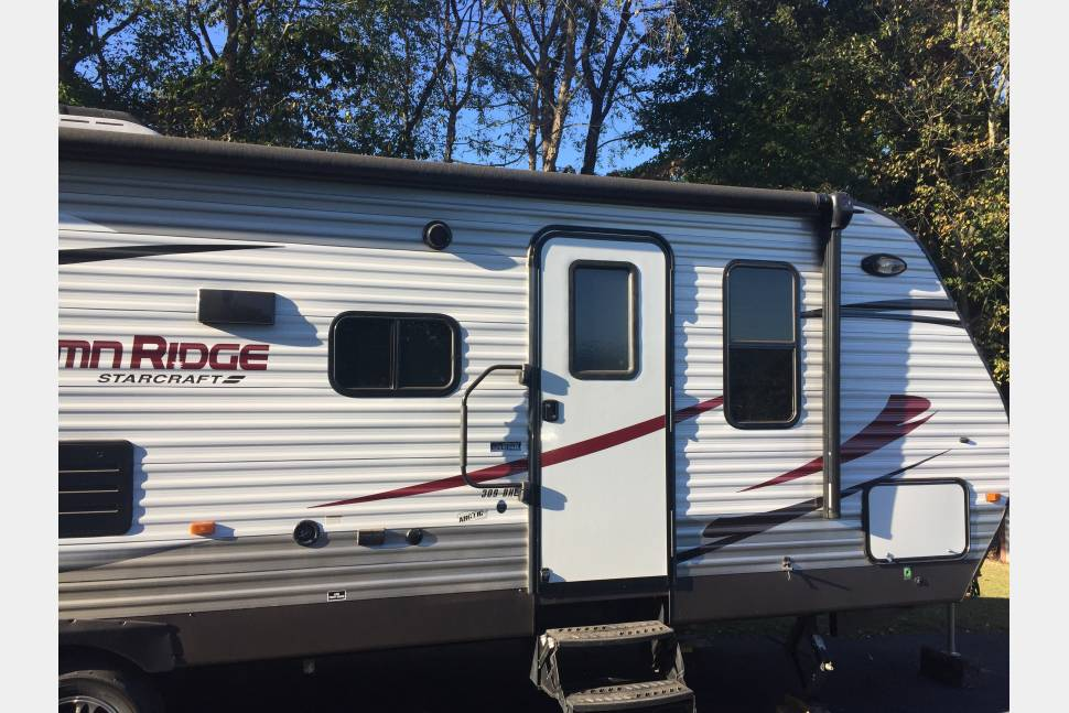 2015 Starcraft 309BHL - Make Memories in our Travel Trailer