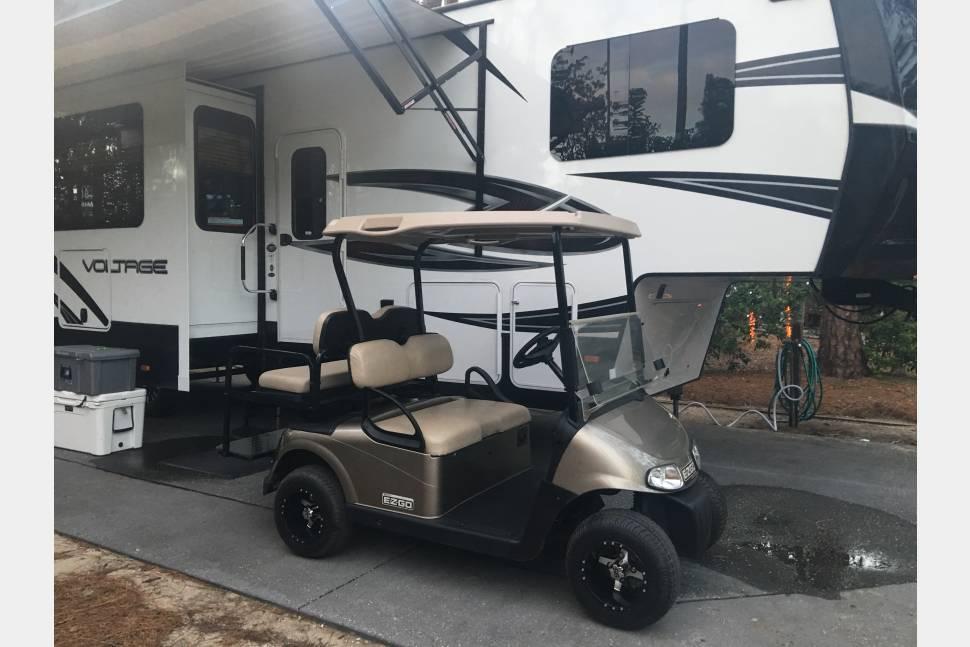 2017 Free Delivery! 3605 Voltage Toy Hauler - Fort Wilderness Free Delivery & Setup!!! 2017 Luxury Toy Hauler (Golf Cart Option)