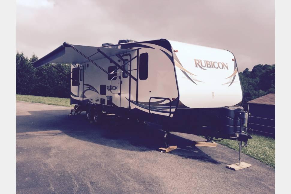 2014 Rubicon Toy Hauler - Toy Hauler Extreme Vacation