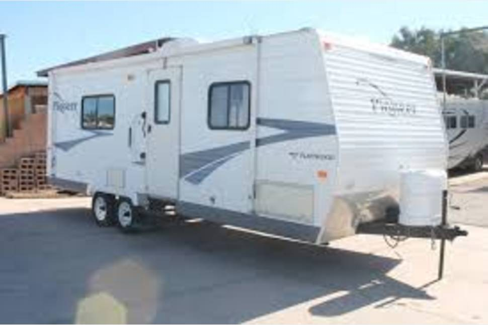 2006 Fleetwood Pioneer - Have fun with my RV!