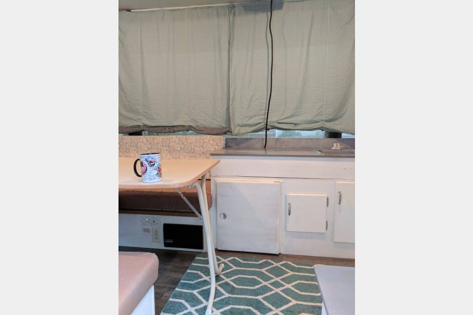 2002 Jayco Quest - Lone Wolf