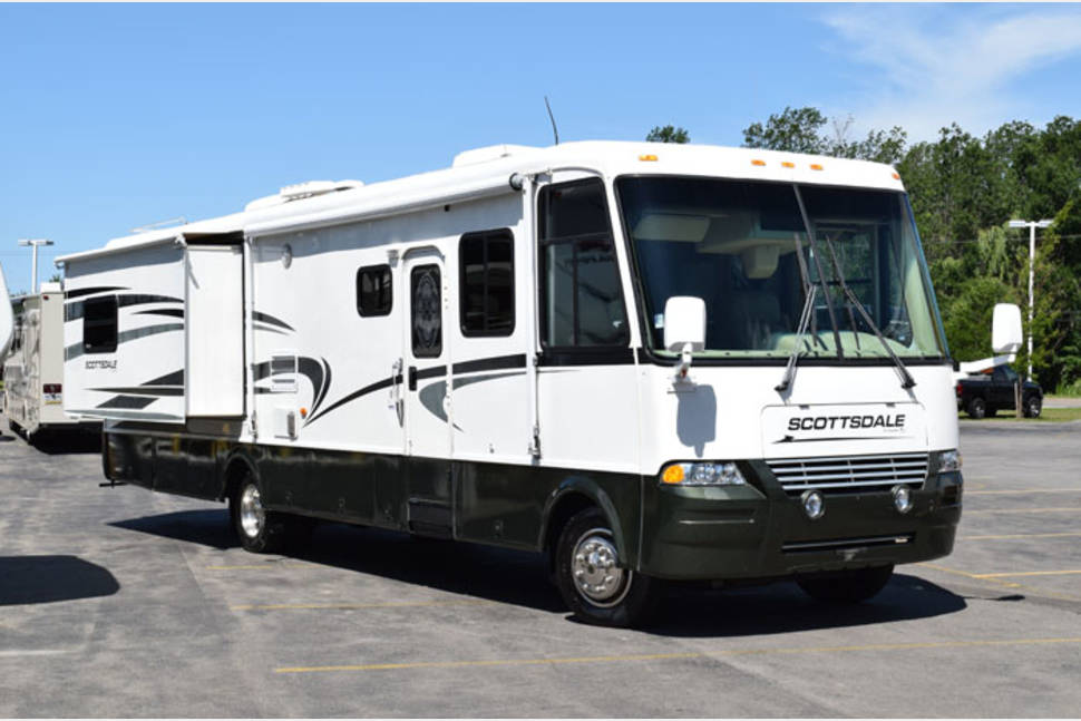 2003 Newmar Scottsdale - Everything You will Need for an Amazing Getaway Weekend!