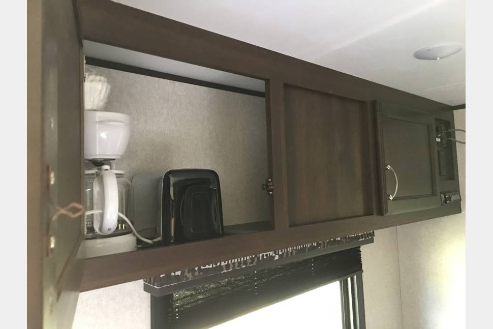 2018 Jayco Jay Flight SLX 264BH - Fully outfitted family weekend getaway or event camper