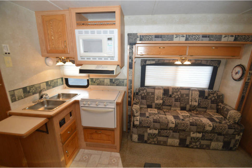 2004 Forrest River Sunseeker  2860 - My Personal RV