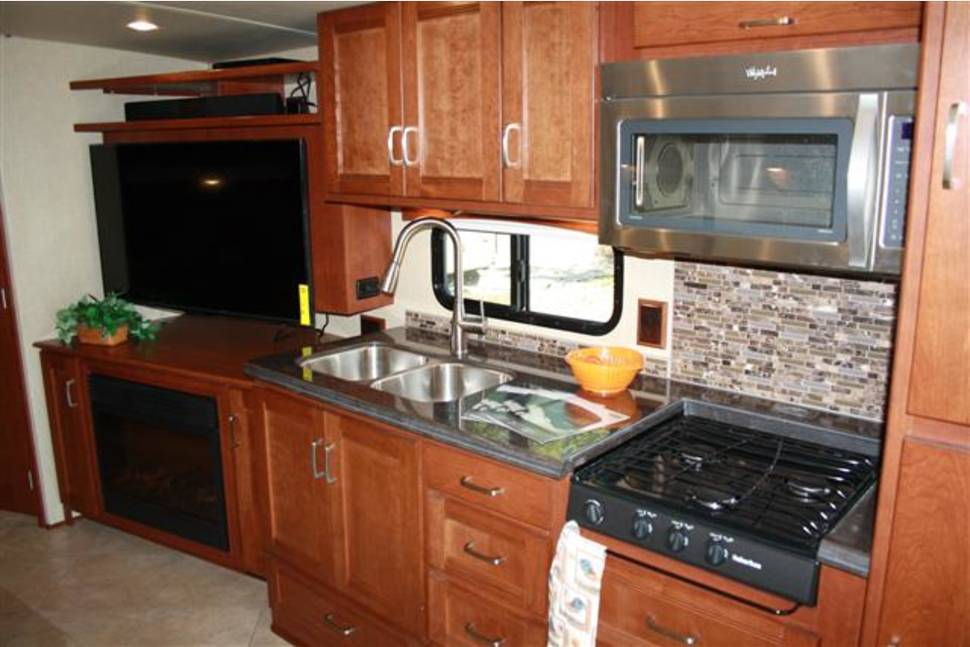 2014 Itasca Solei 38R ***DIESEL*** - Great Times with my RV!