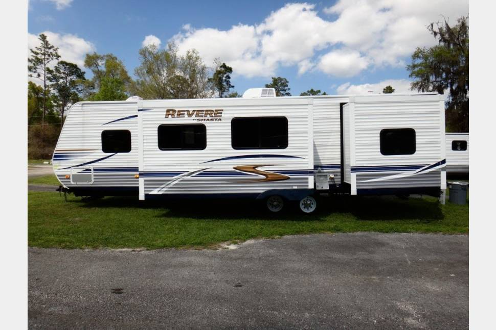 2012 Shasta Revere - Great Times Ahead!