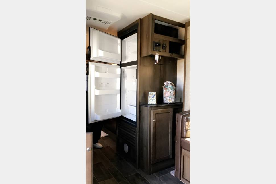 2018 Keynote Bullet 2190 EX - Brand new travel trailer. Be the first to rent this wonderful RV