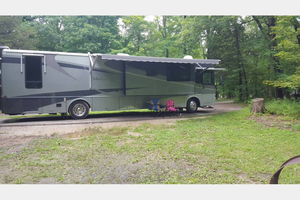 2004 Itasca Meridian - Glampers Delight
