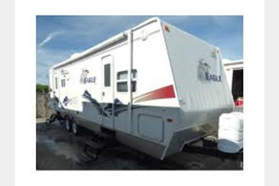 2007 Eagle  Rear Living - Create memories that will never fade!