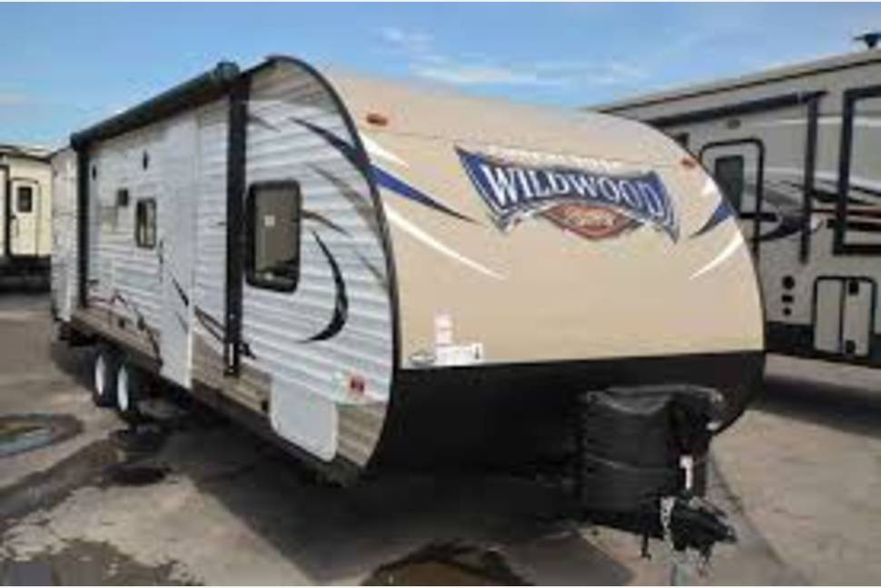 2017 Wildwood 263BHXL - Great RV for your family!!