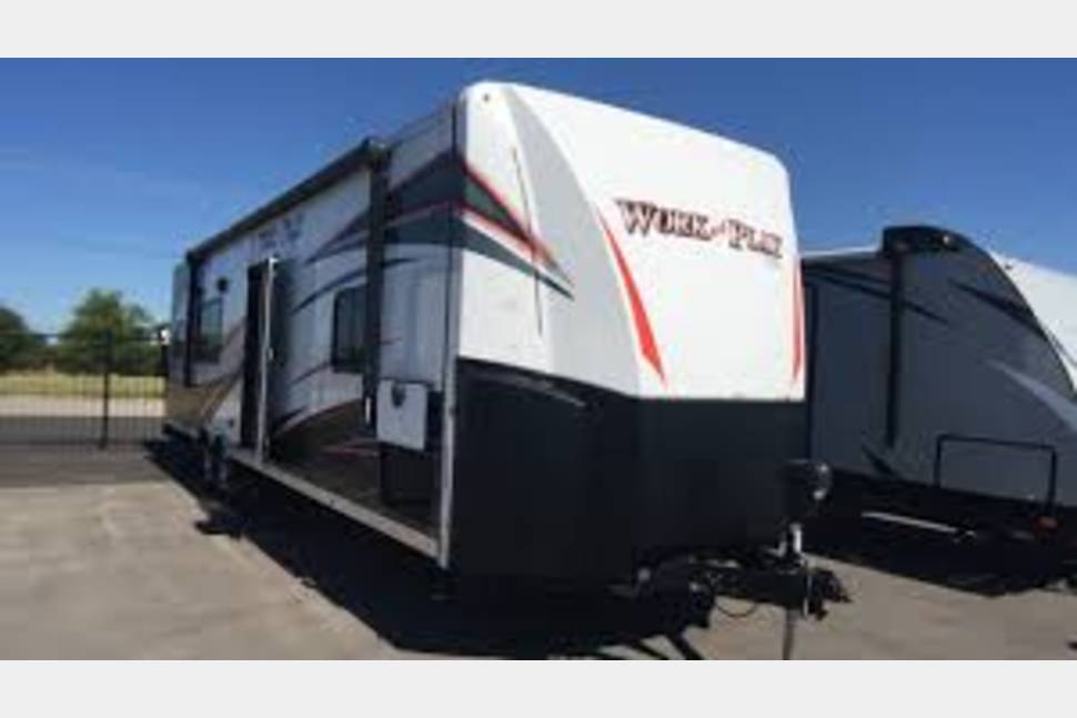 2017 Forest River Work And Play 30wcr - My RV is Perfect for Your Next Getaway!