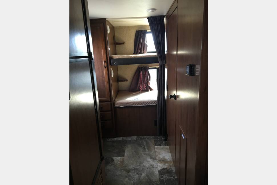 2016 Jayco Jay Feather - 26'Jayco Jay Feather - Bumper Pull Camper