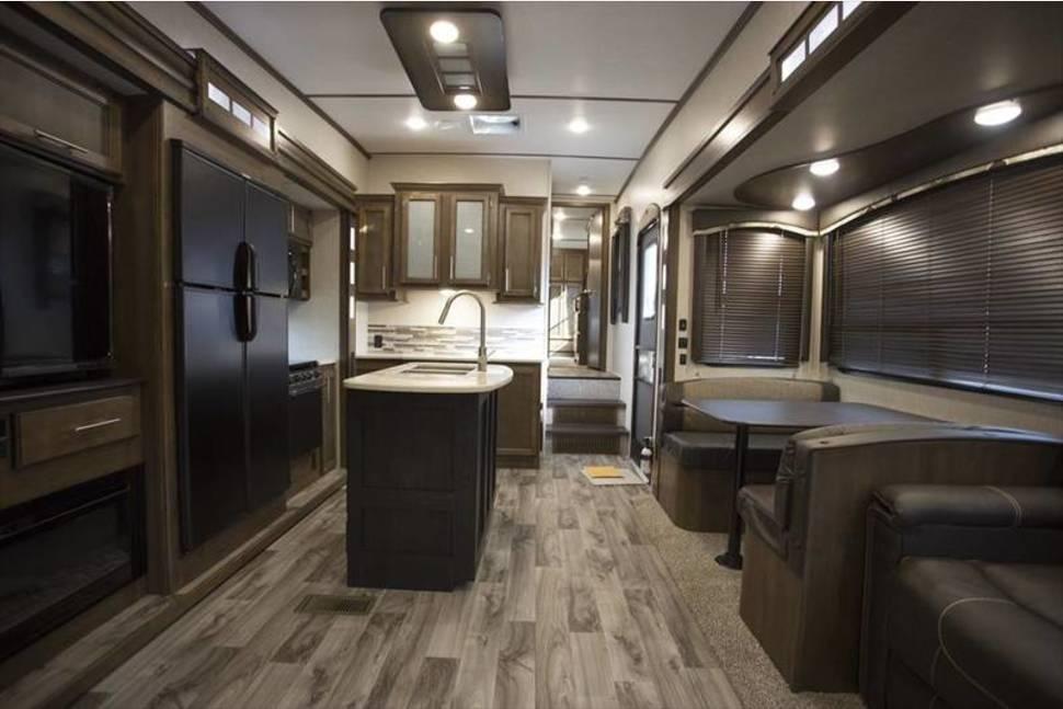 2018 Keystone Cougar 369BHS, RV Rental In Brandon FL