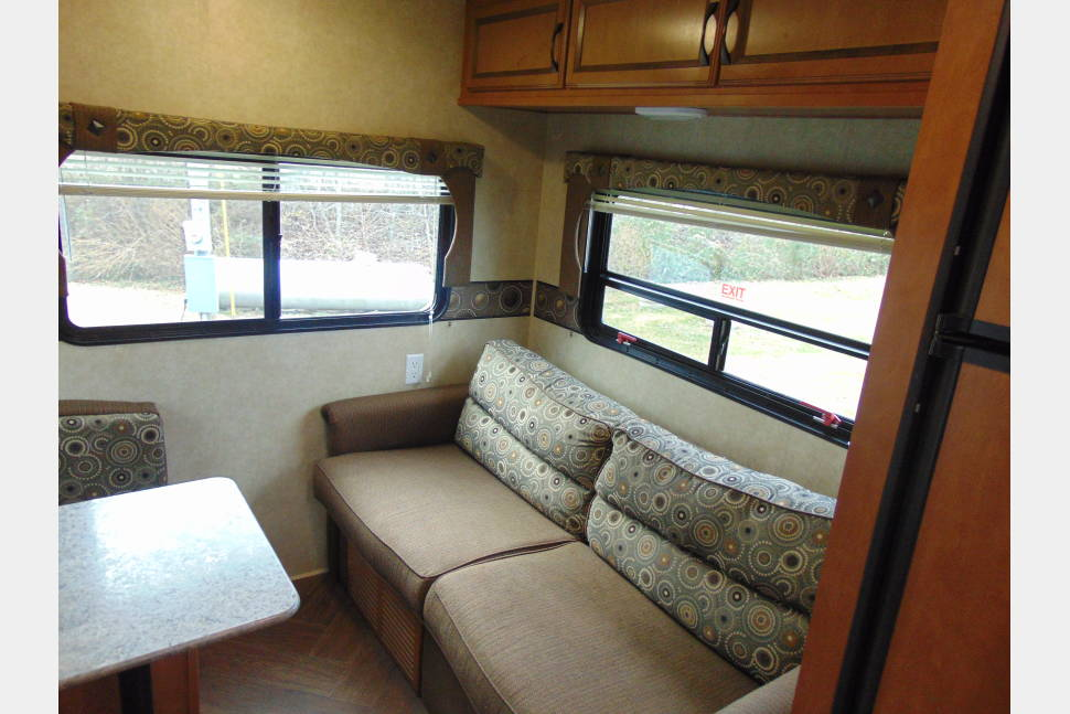2014 Puma 19RL - RV for your next adventure!!