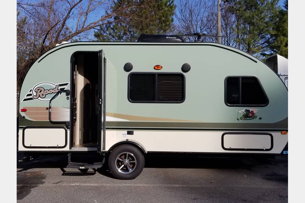 2016 R-Pod 180 Forest River LIVE* LOVE* GO CAMPING!! - 2016 R-Pod 180 LIVE, LOVE, AND GO CAMPING!!