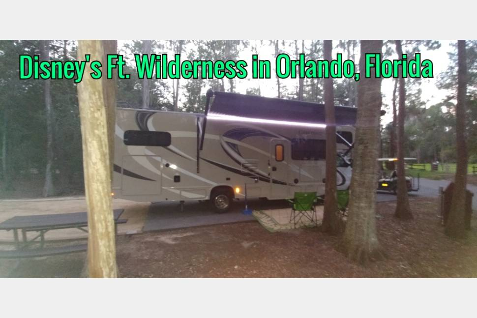 2017 Bunk House - * FREE Miles * FREE Generator * FREE Propane * FREE Tolls in Florida * No Pet Fees * 5 Star Reviews * Bunk Beds * Sleeps 9 * 5 Flat Screens * Cameras for Safety