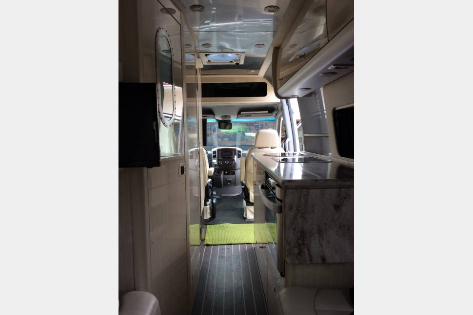 2016 Mercedes Benz Airstream Interstate - Airstream Interstate Mercedes Benz