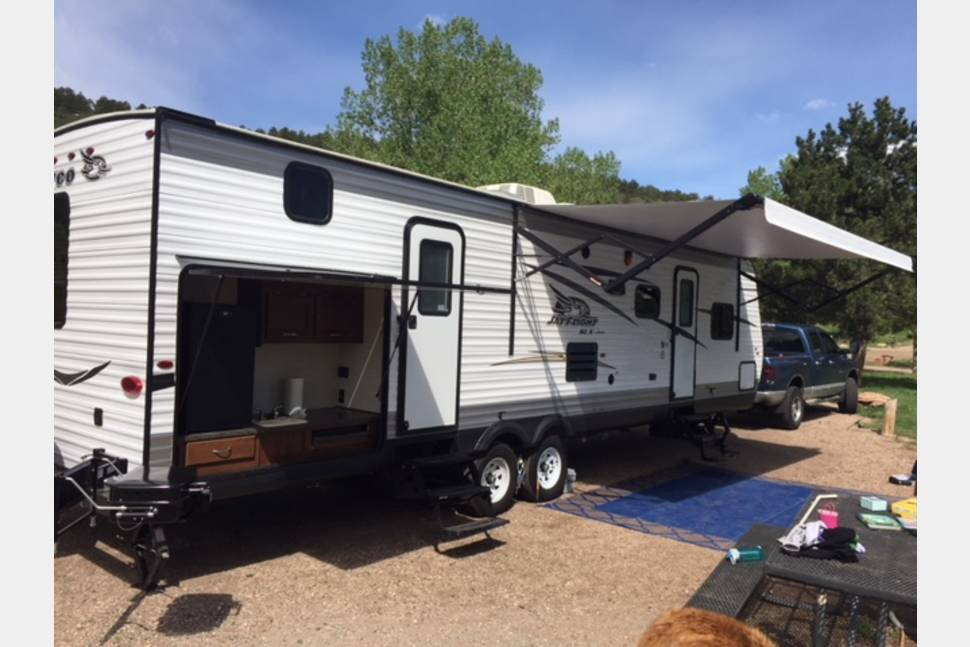 2017 Jayco Jay Flight Bunkhouse - 2017 Jayco Jay Flight 35ft Bunkhouse