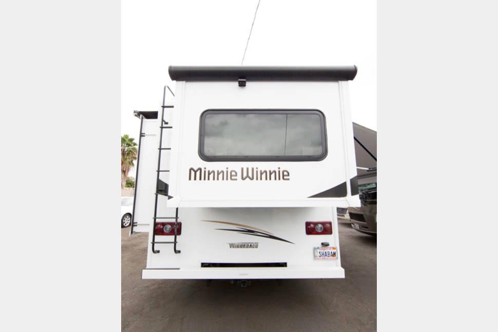 2017 Winnebago Minnie Winnie 26A - 27ft Winnebago Minnie Winnie 26A