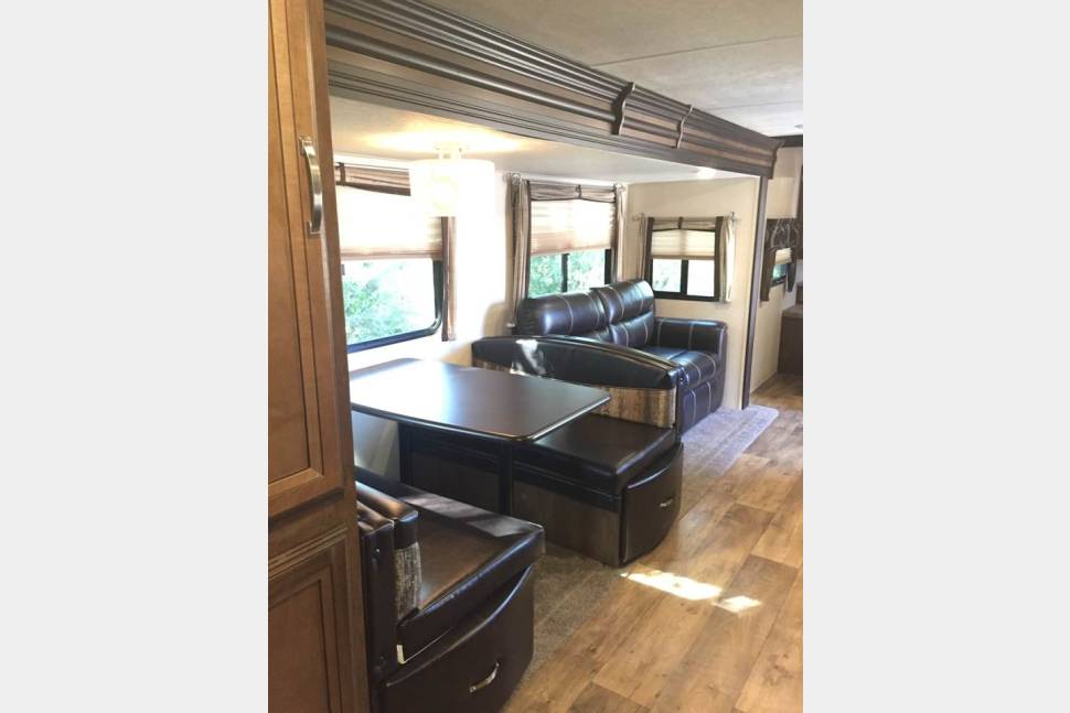 2017 Forest River Wildwood Heritage Glen 29BHHL - The BEST family RV experience!!