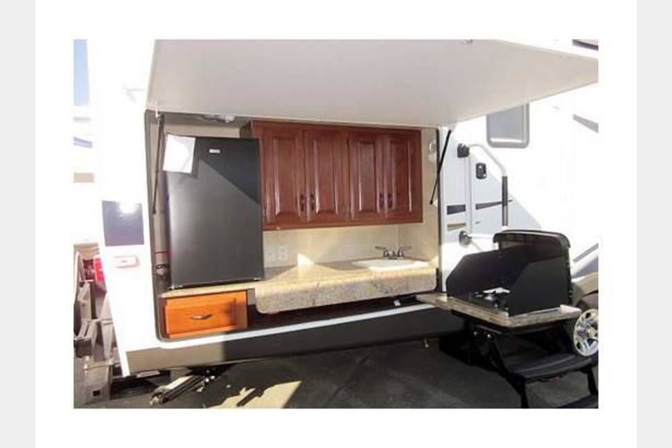 2012 Keystone Outback BH312 - 2012 Keystone Outback 312 - Military/First Responder Discount Available (Inquire with owner)
